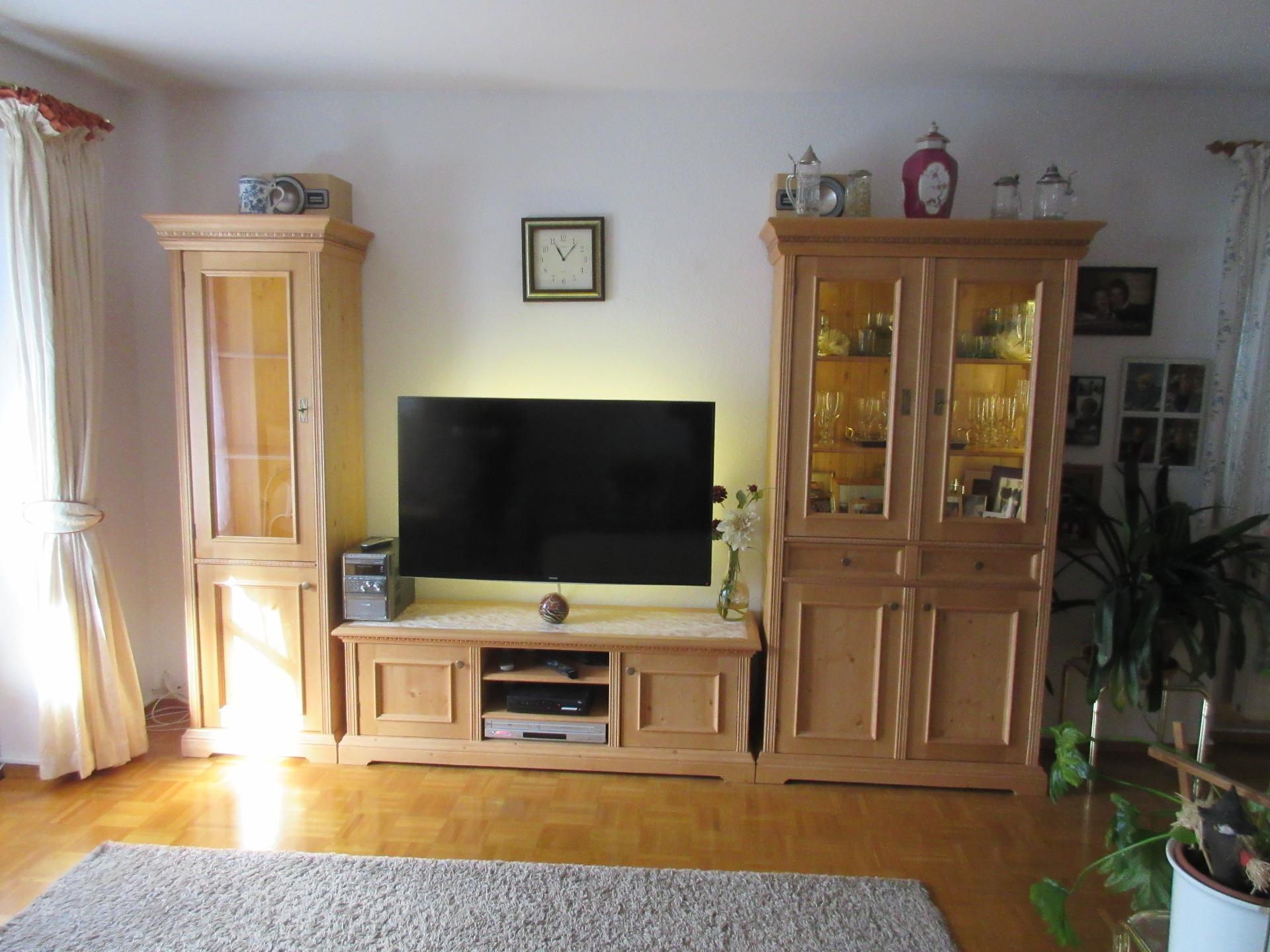 Landhausstil Wohnzimmermöbel | Wandschränke | Wohnzimmerschränke ...